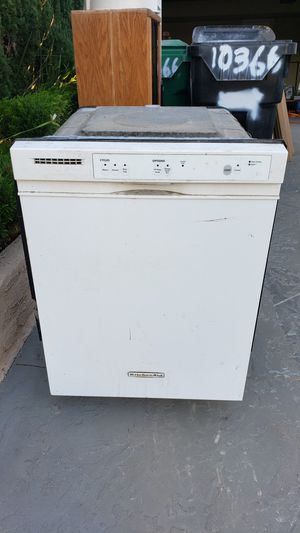 Free white Maytag Dishwasher for Sale in San Diego, CA