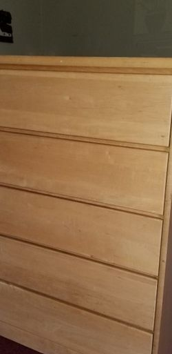Wooden dresser for Sale in South Gate,  CA