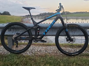 2017 Trek Remedy 9.8 Carbon Bike XT Pike Large 19.5 for Sale in TEMPLE TERR, FL