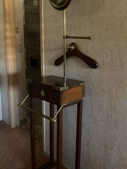 Men's Shaving Stand for Sale in San Diego,  CA