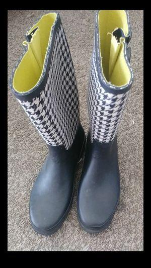 Merona rain boots for Sale in Selma, CA