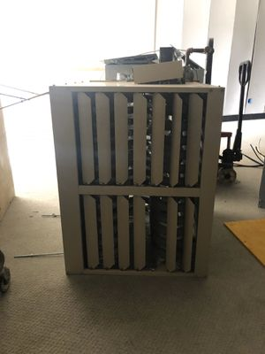 300,000 btu heater for Sale in Carmi, IL