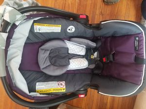 Graco car seat with base for Sale in Rochester, NY