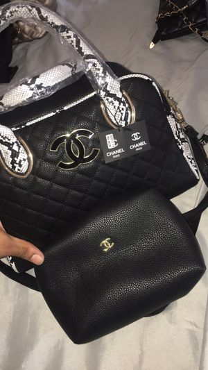 Chanel bag with wallet for Sale in Riverdale, GA