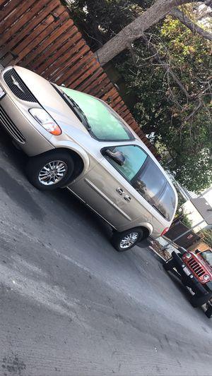 2003 Chrysler 4dr Mini Van for Sale in Los Angeles, CA