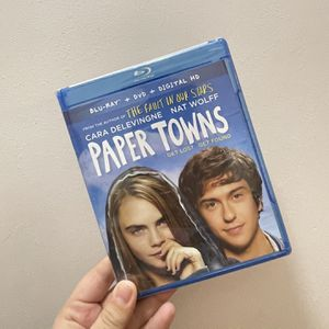 Paper Towns Blue Ray for Sale in Hershey, PA