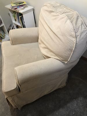 Free - Rocking Sofa for Sale in Chicago, IL