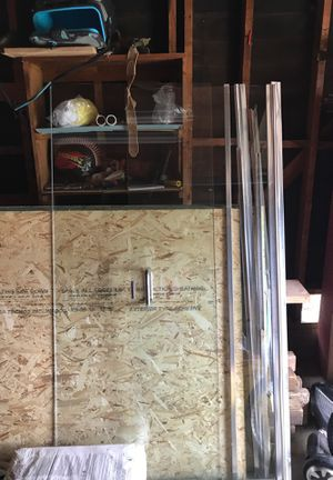 Shower glass doors for Sale in North Highlands, CA