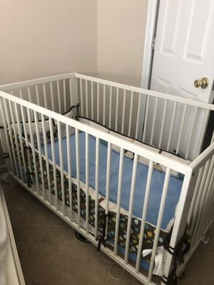 Baby crib for Sale in Kennesaw, GA