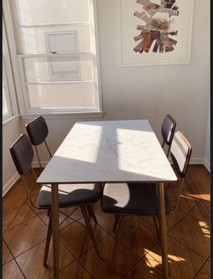 Custom made dining room table and chairs LIKE NEW for Sale in Los Angeles, CA