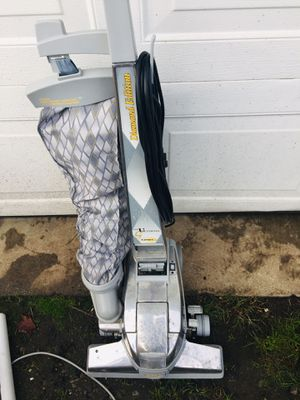 Kirby Vacuum Cleaner two speeds for Sale in Tacoma, WA