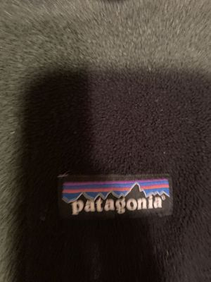 Patagonia purple men's fleece for Sale in Alexandria, VA