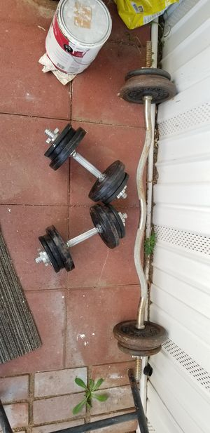 Dummbells and curl bar set for Sale in Jurupa Valley, CA