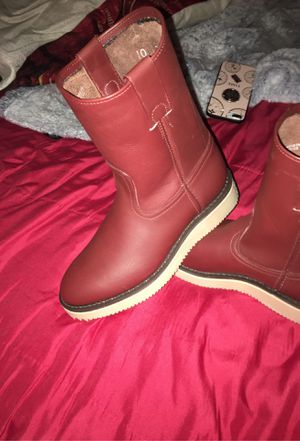 Boots size 7 in men for Sale in Sacramento, CA
