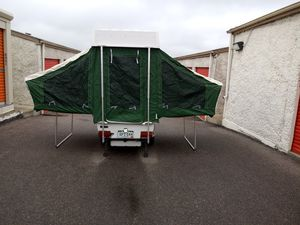 2002 Pop up trailer 2 beds very good condition for Sale in Lakewood, CO
