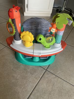 Infantino Grow-With-Me Discover Seat and Booster for Sale in Oakley, CA