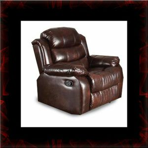 Burgundy recliner chair for Sale in Crofton, MD