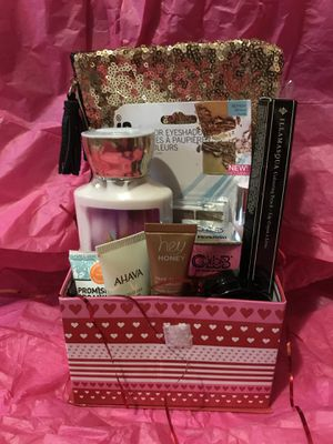 Valentine's Day Beauty Bundle for Sale in Laurel, MD