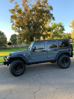 2014 Jeep Wrangler Sport Unlimited for Sale in Gilbert, AZ