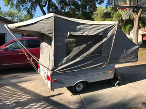 1988 great condition Coleman Colorado pop-up tent camper trailer. Super lightweight (500lbs dry) perfect for families, campers or hunters UPGRADED for Sale in Clemmons, NC