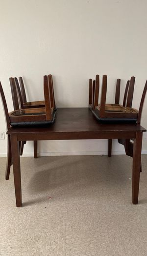 Kitchen table for 3 for Sale in Tulare, CA