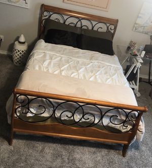 Queen Bed Frame for Sale in Celina, TX