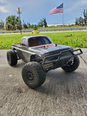 Custom RC Truck 4x4 1/10 Brushless Electric • Runs Great • Fast! for Sale in Fort Lauderdale, FL