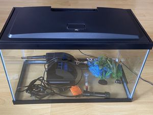 10 gallon starter kit for fish for Sale in Los Angeles, CA