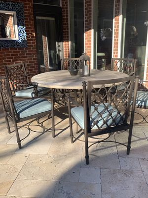 Excellent quality patio table and chairs for Sale in Plano, TX