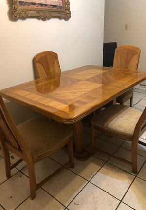Dining room table with six chairs for Sale in Tampa, FL
