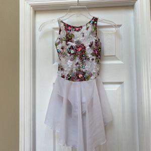 Girls Dance Costume (size MC) for Sale in Tampa, FL
