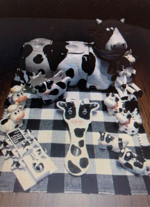 Vintage Holstein Cow Kitchen Collection for Sale in Hampstead, MD