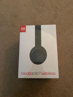 Beats headphones brand new for Sale in Los Angeles,  CA