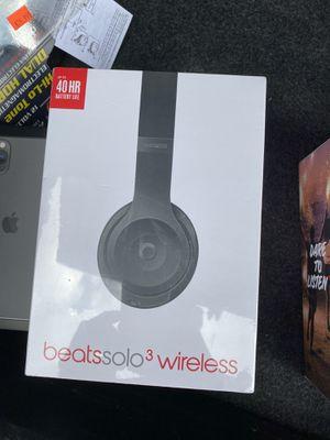 BEATS SOLO 3 wireless BRAND NEW SEALED for Sale in Miami, FL