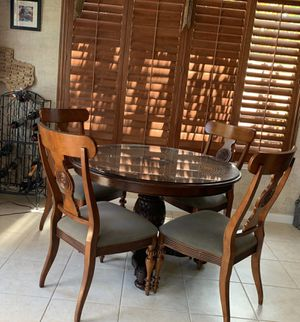 Kitchen dining table and 4 chairs for Sale in Cypress, TX