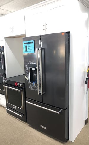 Kitchen Aid KRFC704EBS Black stainless Refrigerator on sale for Sale in Norcross, GA