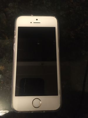 iPhone se rose gold 32gb unlocked for Sale in Bloomington, MN
