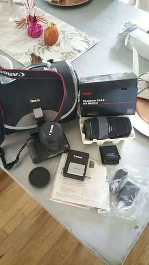 Cannon rebel t1i digital camera bundle with extra lense for Sale in Tampa, FL