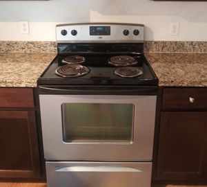 Stove and Dishwasher for Sale in Richardson, TX