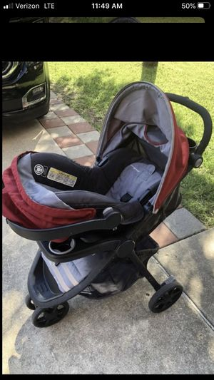 Car seat stroller and base for Sale in Pflugerville, TX