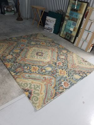 Everything has to go! Kitchen / Rug / Decoration for Sale in Fort Lauderdale, FL
