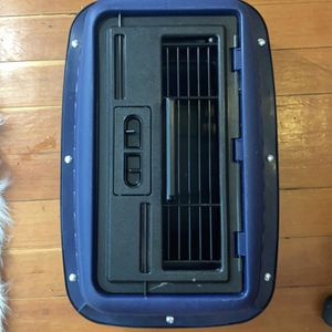 Small Dog / Cat Carrier for Sale in Butte, MT