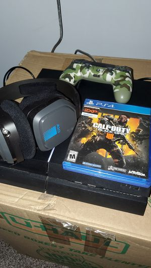 Ps4 with controller, astro 10 headset and bo4 game. for Sale in Hampton, VA