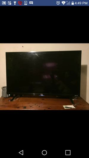 32inch TCL roku smart tv for Sale in Fairfax, SC