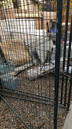 Dog cage for Sale in Vacaville, CA