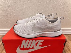 BRAND NEW WHITE NIKES WOMANS DUALTONE for Sale in Airway Heights, WA