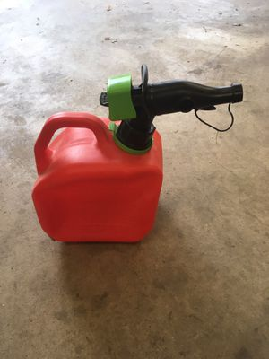 1 gal gas can for Sale in Staunton, VA