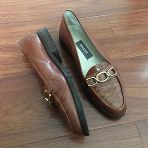 Bally Tiffany Italy Brown Croc Print Slip-On Leather Dress Loafers for Sale in South El Monte, CA