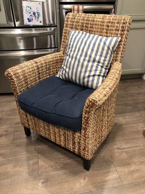 Pier 1 Heavy Wicker Chair w/ Cushion & Pillow for Sale in Walnut Creek, CA
