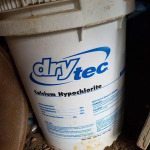100 Lb Swimming pool Hypocholite (Chlorine) for Sale in Beltsville, MD
